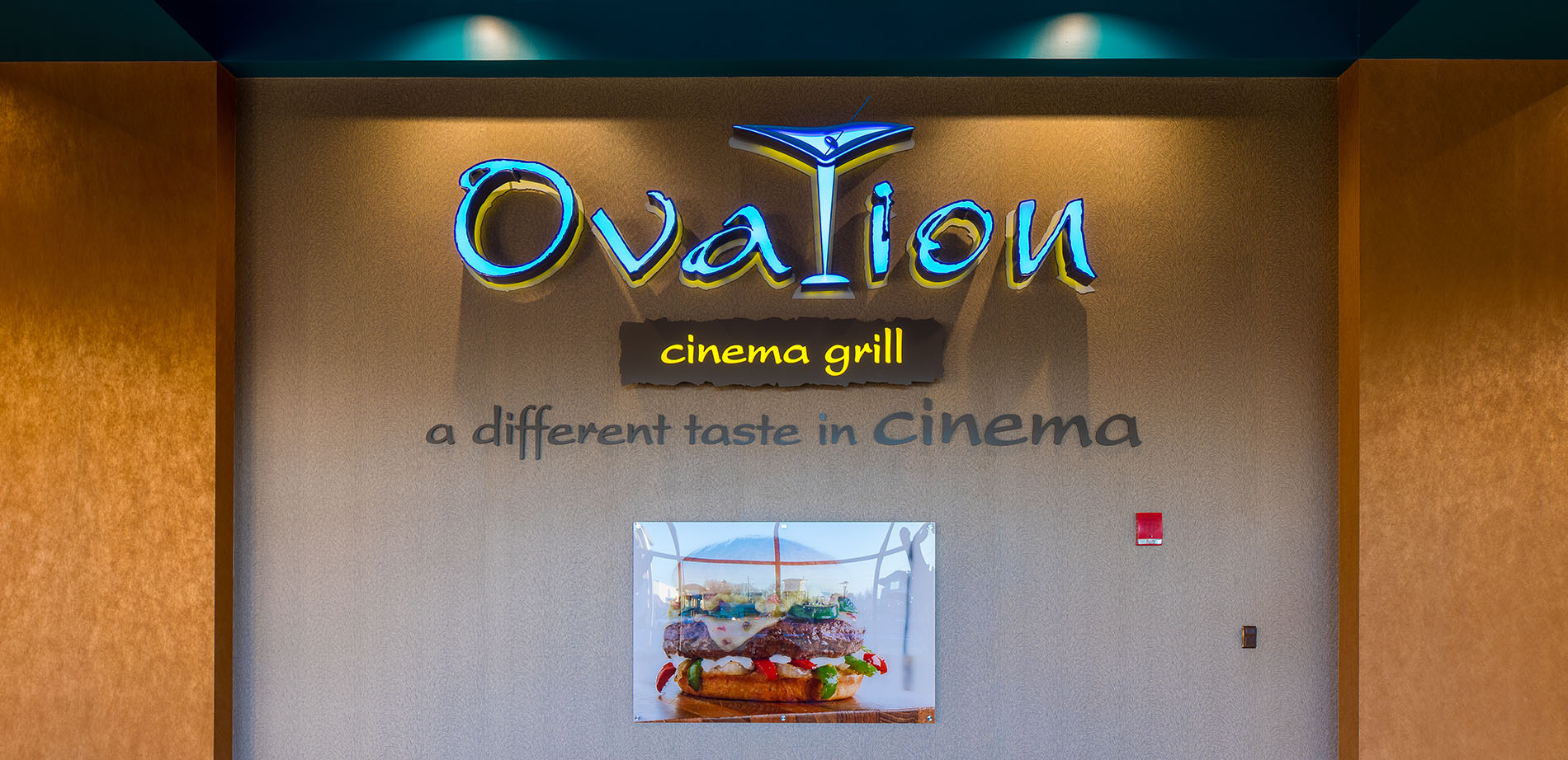 Ovations sign